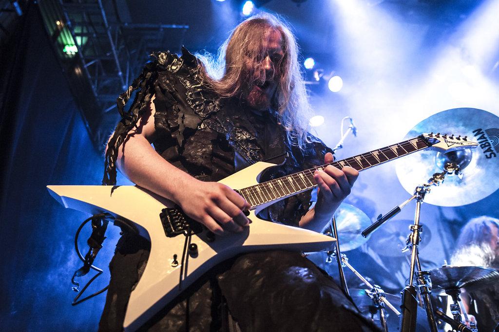 orden ogan-musician-guitar-guitarist-live-live guitar-music portrait